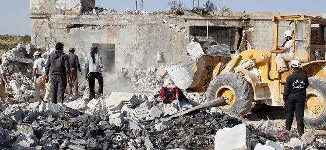 Ruslar İdlib'e Fosfor Bombasıyla Saldırdı