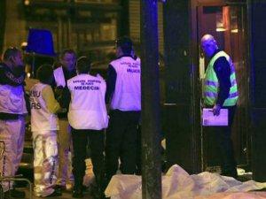 Paris'teki Saldırılarda Ölenlerin Sayısı 128 Olarak Açıklandı