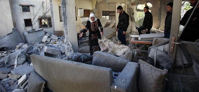 İşgalci İsrail 4 Filistinlinin Evini Yıktı!