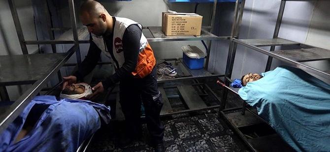İsrail İşgal Askerleri Mülteci Kampında 2 Filistinliyi Katletti!
