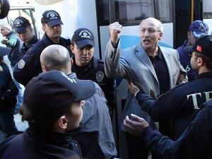 """Manisa'da """"Paralel Devlet"""" Soruşturmasında Tutuklama"""