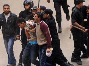 Mısır'da Darbe Karşıtı 26 Kişi Gözaltına Alındı