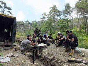 Türkmenlerin Esed Güçlerine Karşı Direnişi Sürüyor