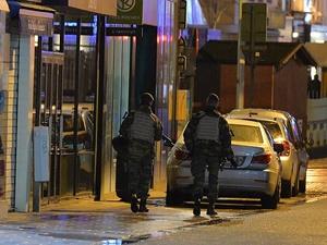 Brüksel'de 16 Kişi Gözaltına Alındı