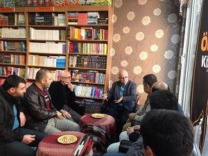 Rize'de Önce Kitap Evi'nde Hamza Türkmen'le Söyleşi