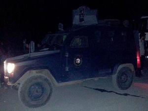 Şanlıurfa'da Polis Aracına Saldırı: 1 Polis Hayatını Kaybetti!
