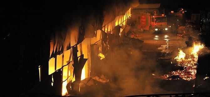 Cezayir'de Göçmen Barınma Merkezinde Yangın:18 Ölü