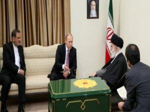 Rusya'nın Çekilmesinden Sonra İran'dan 'Bekle Gör Politikası'