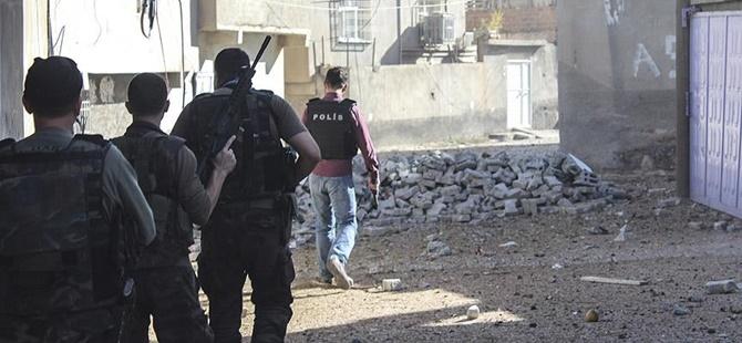 Mardin'in Derik İlçesinde Sokağa Çıkma Yasağı