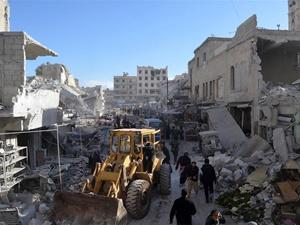 Rusya İdlib'te Pazar Yerine Saldırdı: 40 Kişi Katledildi!