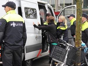 Hollanda'da İslâm Düşmanı PEGIDA Gösterisi: 20 Gözaltı