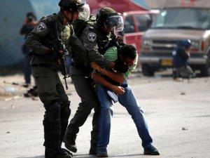 İşgal Zindanlarındaki Filistinli Esir Sayısı 7 Bini Aştı