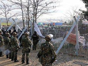 Yunan Polisinden Sığınmacılara Müdahale