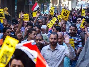'Mısır Yönetimi Muhalifleri Tasfiye Etmeye Çalışıyor'