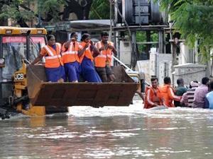 Hindistan'da Sel: En Az 28 Kişi Hayatını Kaybetti