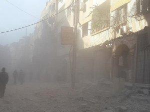 Şam'da Yerleşim Yerine Hava Saldırısı: 12 Ölü