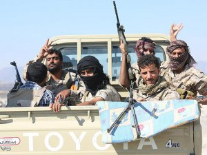 Yemen'de Haniş Adası Husiler'den Temizlendi