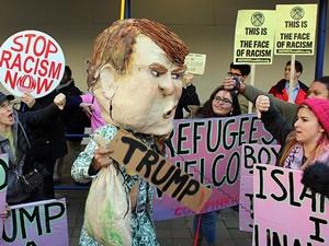 İslâm Düşmanı Trump Washington'da Protesto Edildi