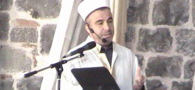 Cuma Hutbesinde Kurşunlu Camii'nin Yakılmasına Tepki