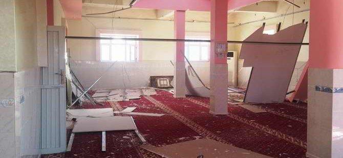 PKK'liler Dargeçit'te Bir Camiyi Kullanılamaz Hale Getirdi