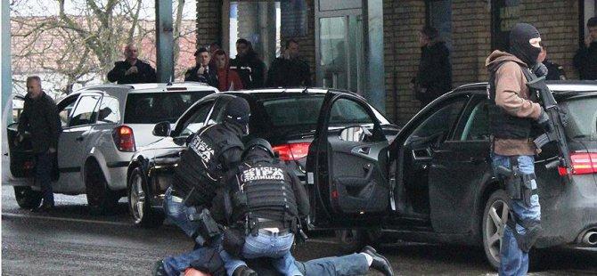 'Bosnalı Sırplar Anayasal Düzene Başkaldırdı'