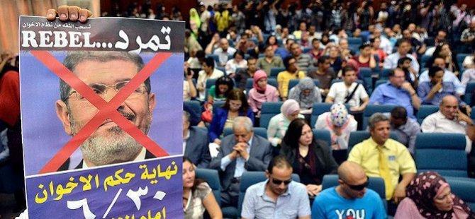 Mısır'da 'Temerrud Hareketi' Sanık Sandalyesinde