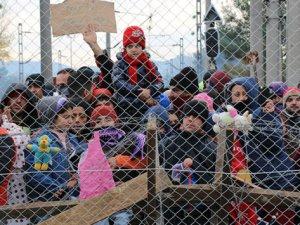 Hollanda'da Sığınmacı Krizi Büyüyor!