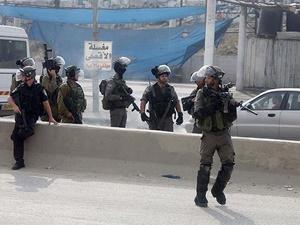 İşgalci İsrail Askerleri Filistin Kurumlarına Baskın Düzenledi!