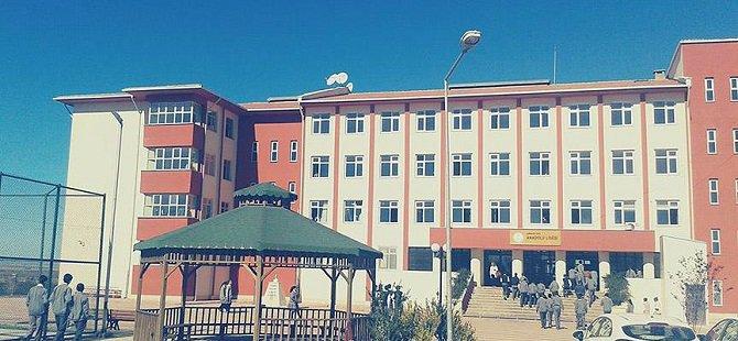 Şırnak'ta İki Okulu Basan PKK'lılar Öğrencileri Tehdit Etti