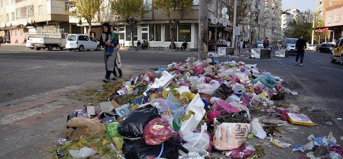 Diyarbakır ve Şırnak'ta Belediye Çöp Toplamıyor