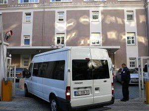 İzmir'de Gülen Örgütü Soruşturmasında 34 Kişiye Gözaltı