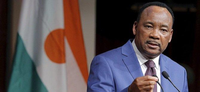 Nijer'de Darbe Girişimi Başarısız Oldu
