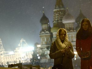 Rusya'da İşsizlik Artıyor, Üretim Geriliyor