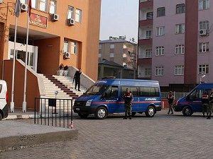 Iğdır'daki PKK Operasyonunda 10 Gözaltı