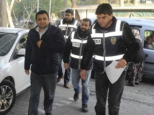 """""""Paralel Yapı"""" Operasyonu: Eski Rektör Laçiner Gözaltında"""