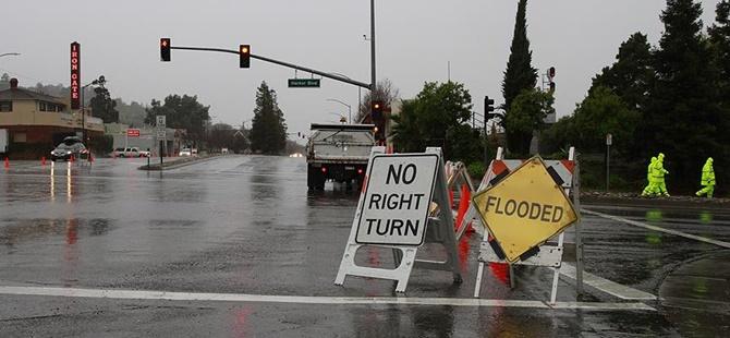 ABD'de Aşırı Yağış ve Hortumlar: 43 Kişi Hayatını Kaybetti
