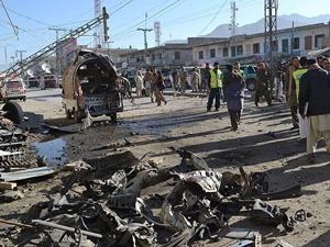Pakistan'da Canlı Bomba Saldırısı