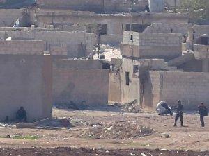 'PYD Direnişçilerin Elindeki Köy ve Beldelere Saldırıyor'
