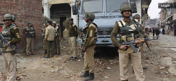 Hindistan'da Hava Üssüne Saldırı: 7 Ölü