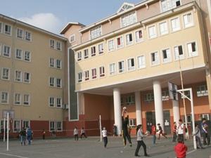 Okulların En Zorlu Problemi: Bütçe