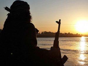 IŞİD Libya'da Petrol Bölgesine Saldırdı