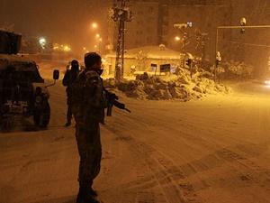 Siirt'te Yol Kesmeye Çalışan PKK'lılara Operasyon