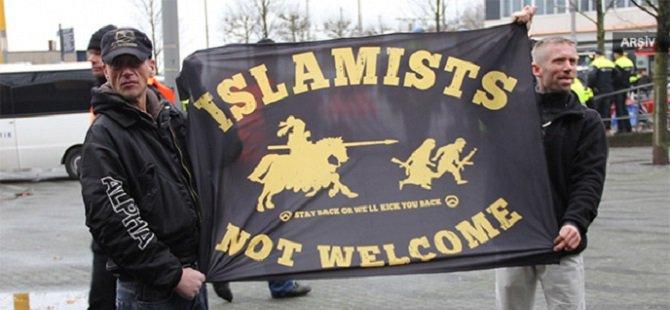 Almanya'da Yabancı ve İslam Karşıtı Gösteri Düzenlendi