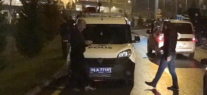 İstanbul'un Eyüp İlçesinde Polis Aracına Ateş Edildi!