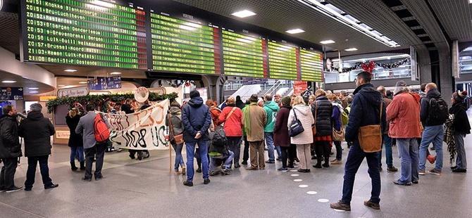Belçika'da Demiryolu İşçileri Grevde