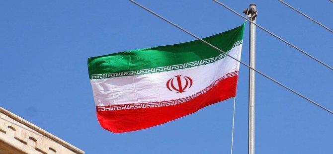 İran'ın Dış Politikasına Öz Eleştiri