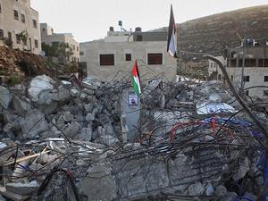 İşgalci İsrail Güçlerince Katledilen Filistinlinin Evi Yıkıldı!