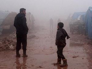 Rusya'nın Yerinden Ettiği Suriyeliler Yaşam Mücadelesi Veriyor!