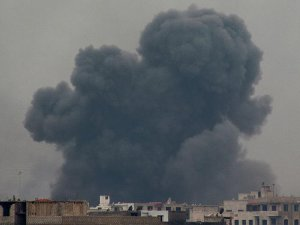 Rus Güçleri Halep'te 27 Sivili Havadan Katletti
