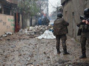 """""""PKK Egemenlik, Kürtler Demokrasi İstiyor"""""""
